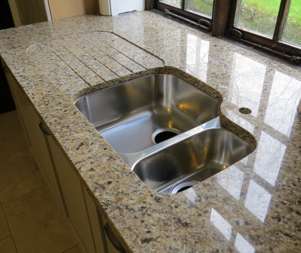 New Venetian Gold Granite Kitchen Countertop