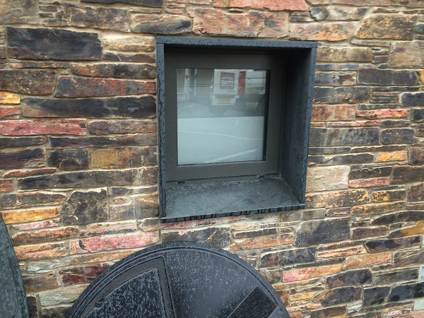 slate window surround sets by Everything Stone