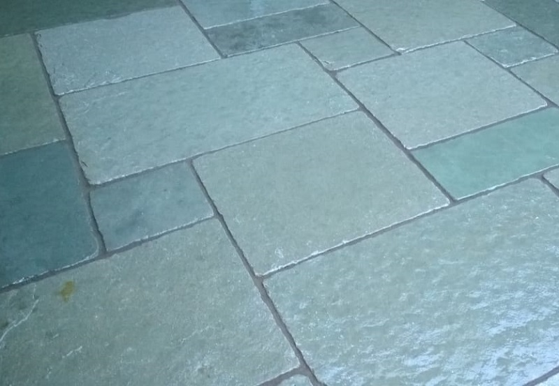 installing blue limestone paving with Everything Stone