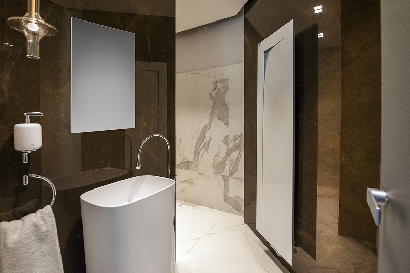 Neolith wall cladding by Everything Stone