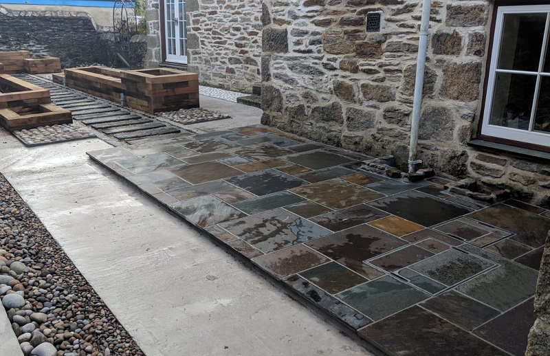 rustic slate paving by Everything Stone