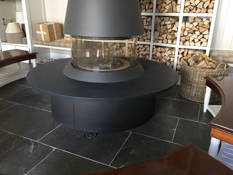 Slate hearth by Everything Stone