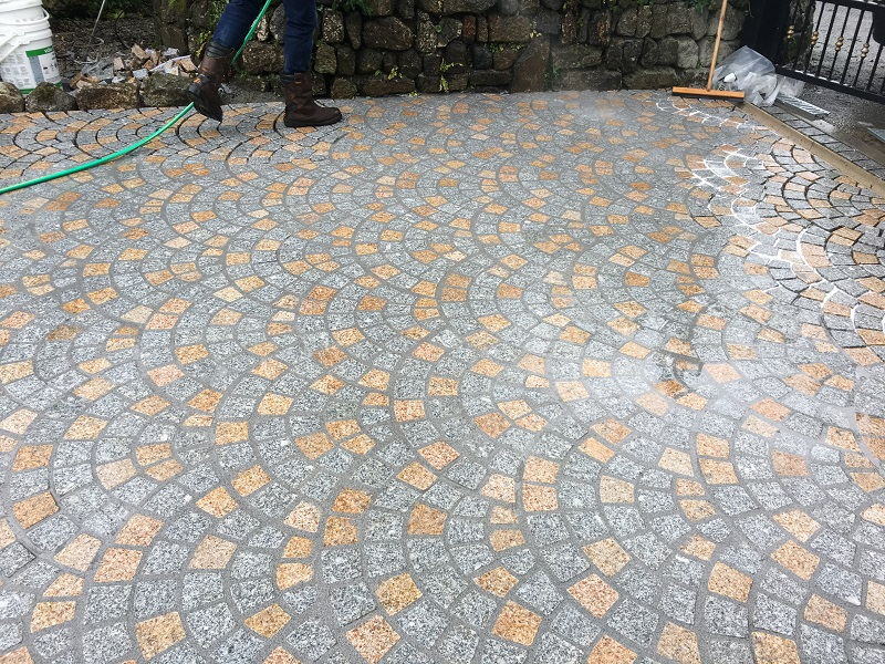 Granite Setts by Everything Stone